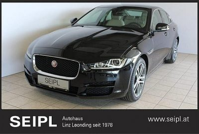 Jaguar XE 20d Prestige AWD Aut. bei Autohaus Seipl in