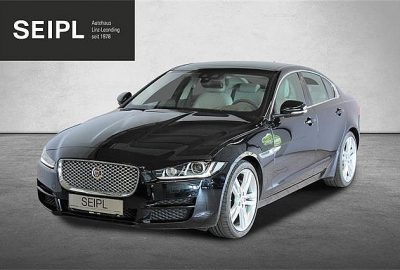 Jaguar XE 20d Portfolio Aut. bei Autohaus Seipl in